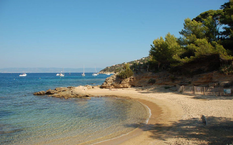 Nautile-img6-environnement-tourisme-Location-Vacances-Hyeres-compressor